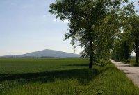 Ślęża - widok z drogi od strony zachodniej